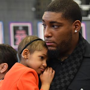 Devon Still announces daughter Leah is cancer-free