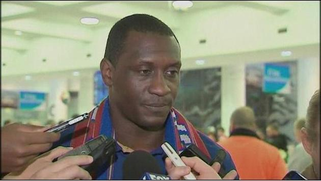 Jets signing Heskey arrives in Australia