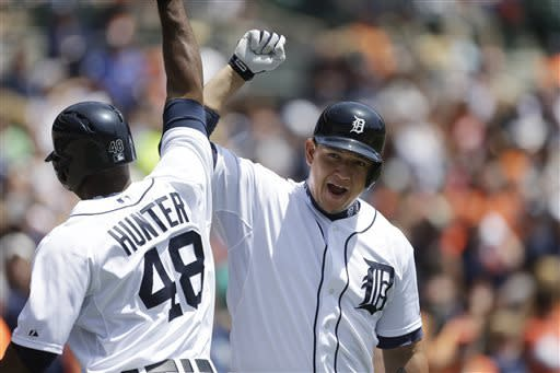 Scherzer, Tigers roll past Twins 6-1