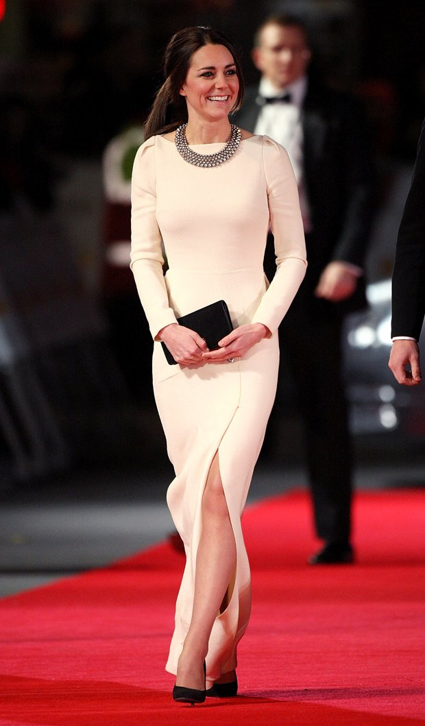 La-collana-di-Zara-da-20-sterline-di-Kate-Middleton-1