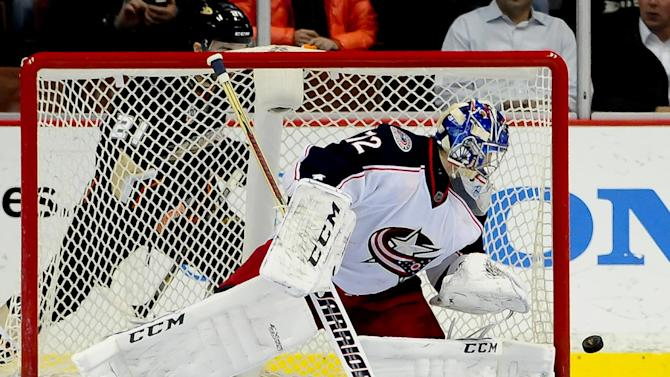 Foligno's 2 goals help Blue Jackets beat Ducks 4-2