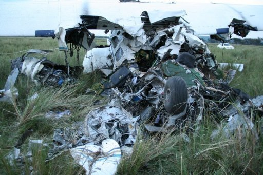 Beim Absturz eines Flugzeuges in Kenia sind nach Polizeiangaben zwei deutsche Urlauber gettet worden. Das Unglck ereignete sich im bei Touristen beliebten Masai-Mara-Nationalpark