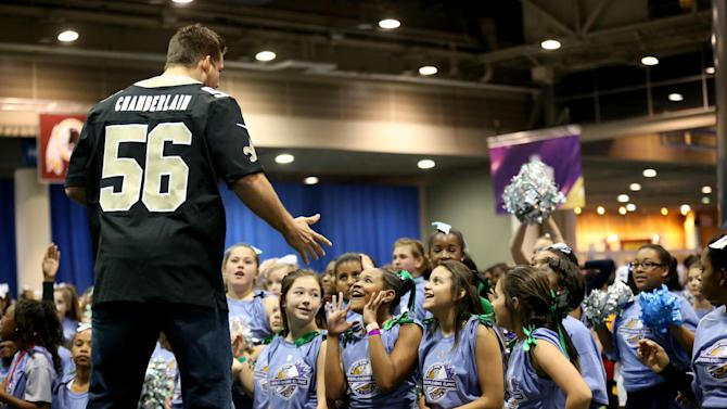 NFL: Super Bowl XLVII-Cheerleading Spirit Clinic and Dance/Drill Competition