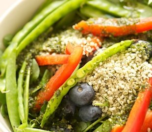 Lose weight and heal inflammation with hemp hearts and a mood boosting salad