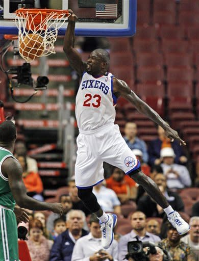 Hawes leads 76ers to 107-75 romp over Celtics