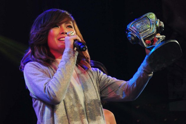 03/25/12 - Yahoo! Philippines - Yeng hopes Charice won't let criticism bring her down Yengconstantino630-2-jpg_083103