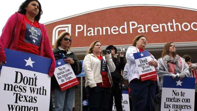 Texas judge rules state can defund Planned Parenthood