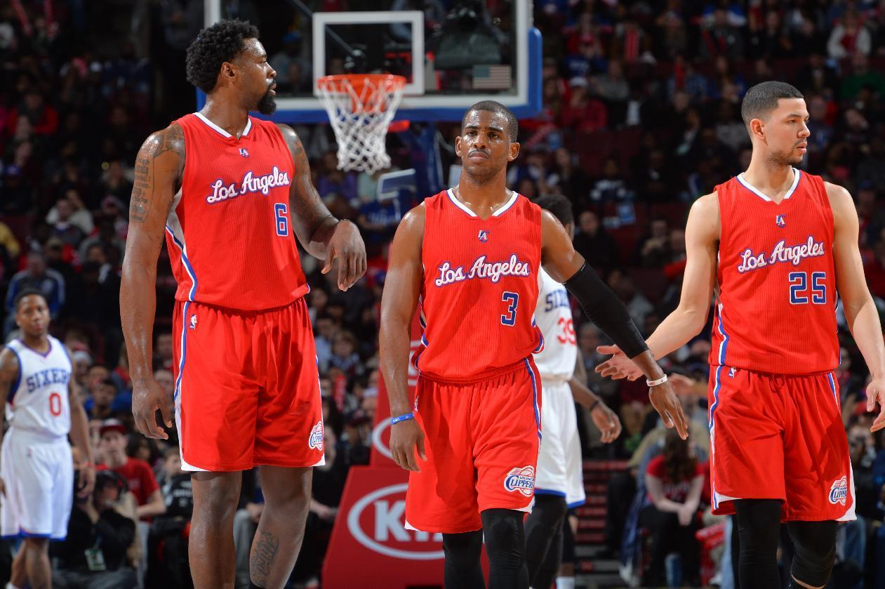Paul, Jordan lead Clippers in 119-98 rout of 76ers