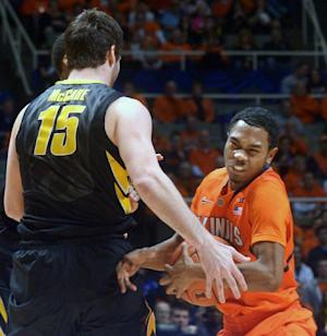 No. 15 Iowa holds on for 81-74 win at Illinois