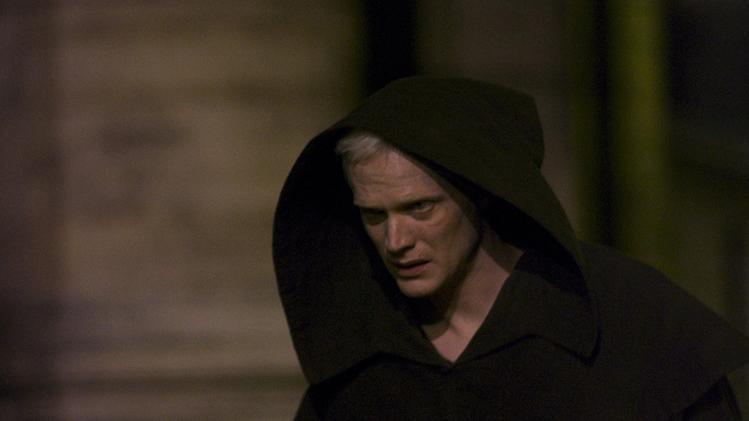 The Da Vinci Code Columbia Pictures Production Stills 2006 Paul Bettany