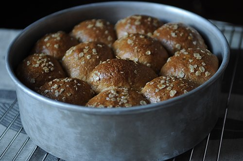 Heavenly Oatmeal Molasses Rolls