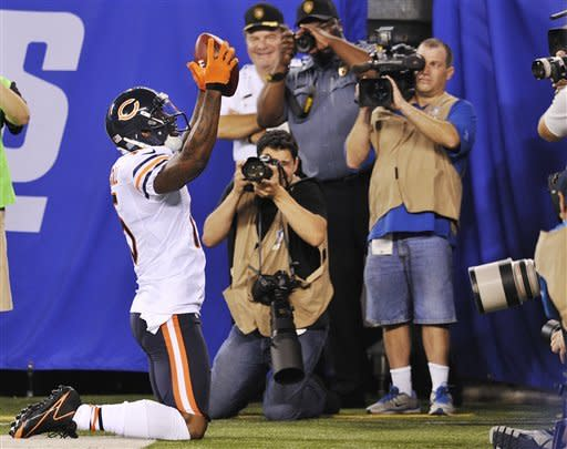 Campbell TD pass helps Bears beat Giants 20-17