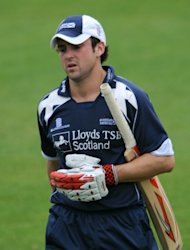 Ed Cowan is targeting more runs in order to earn a Cricket Australia contract