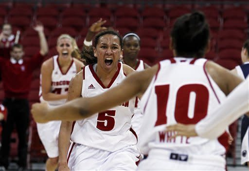 Wisconsin women upset No. 7 Penn State 63-61