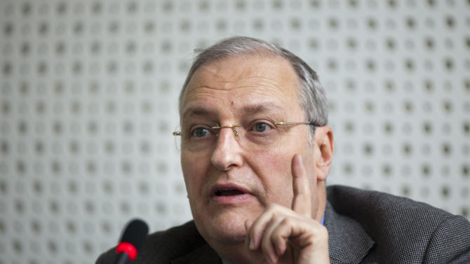 """Efraim Zuroff, Chief-Nazi hunter of the Simon Wiesenthal Center and director of the Center's Jerusalem Office, gestures during a news conference in Berlin, Germany, Wednesday, Dec. 14, 2011. Zuroff launched the """"Operation Last Chance II"""", a campaign to bring individuals to justice who were involved in the mass murder of Jews during the Holocaust. (AP Photo/Gero Breloer)"""