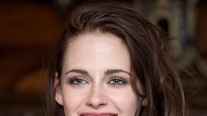 Download this Kristen Stewart Bio Shot picture