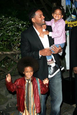 Will Smith and kids at the New York premiere of Dreamworks' Shark Tale