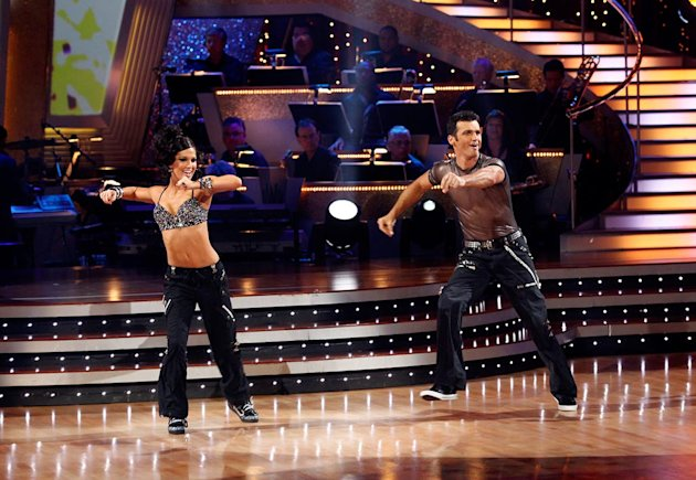 Melissa Rycroft and Tony Dovolani perform a freestyle to &quot;Gonna Make You Sweat (Everybody Dance Now)&quot; by C+C Music Factory on &quot;Dancing with the Stars.&quot;