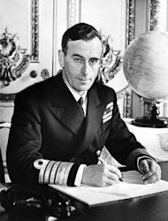 <p>Lord Louis Mountbatten was killed by the Irish Republican Army while on holiday in the Republic of Ireland in 1979. Queen Elizabeth II shook hands with former IRA commander Martin McGuinness on Wednesday in a landmark moment in Northern Ireland's peace process, Buckingham Palace said.</p>