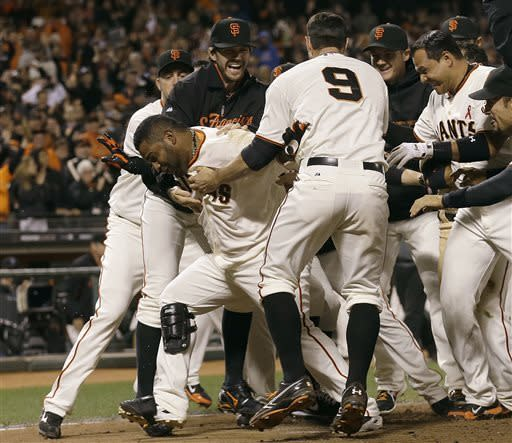 Sandoval's HR lifts Giants past Nationals, 4-2