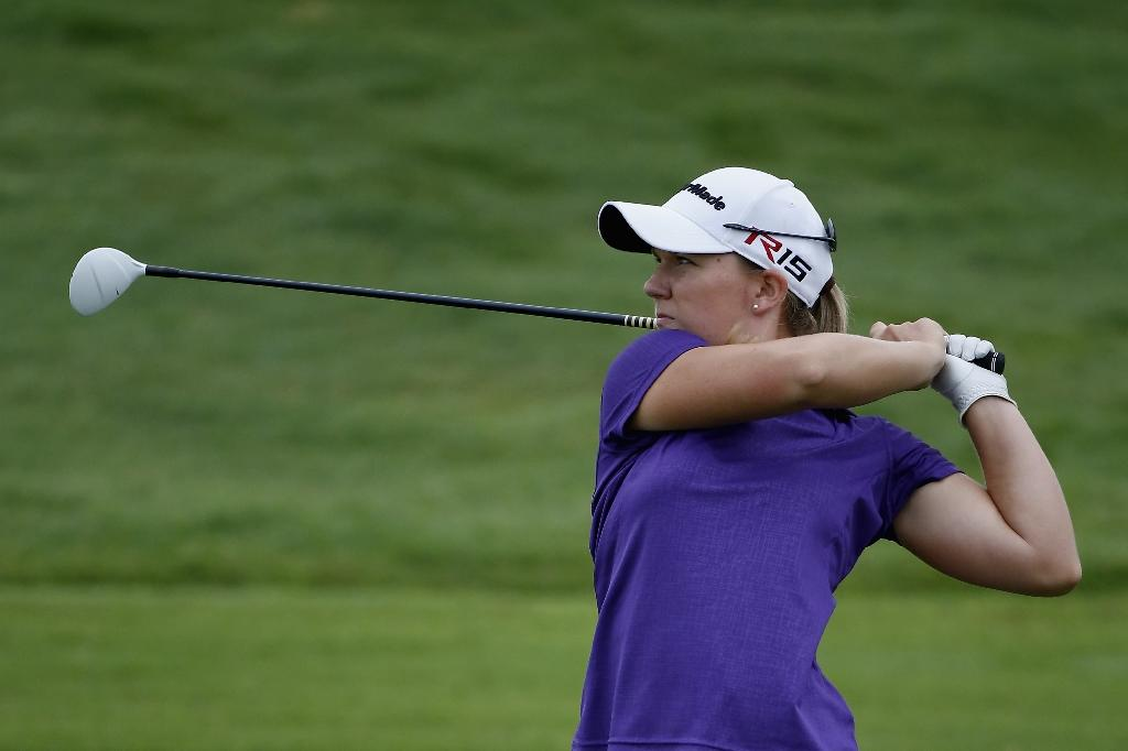 Ernst takes two-shot lead into LPGA final round