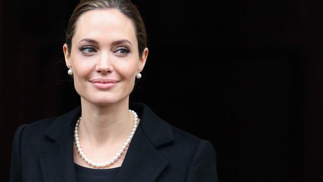 Angelina Jolie highlights the trauma of double mastectomy