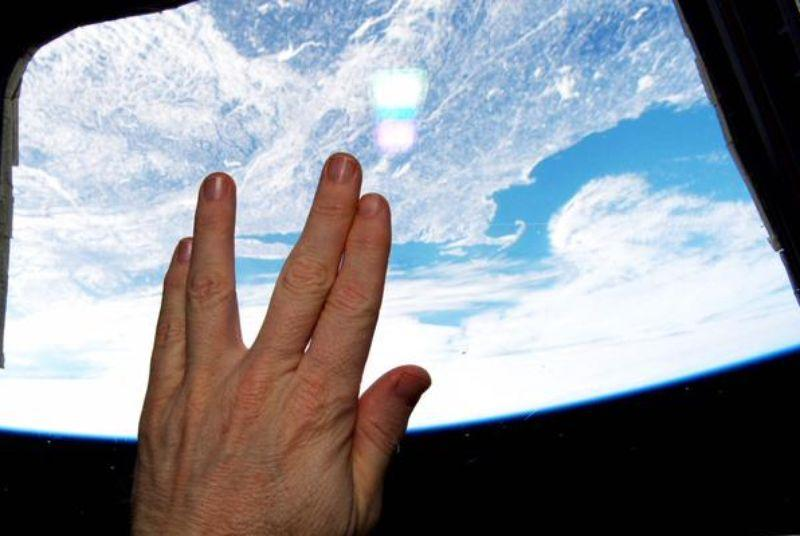 NASA astronaut gives Leonard Nimoy the Vulcan salute from space