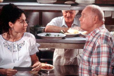 Grace Briggs ( Minnie Driver ), Angelo Pardipillo ( Robert Loggia ) and Marty O'Reilly ( Carroll O'Connor ) in MGM's Return To Me