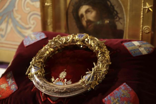 The Holy Crown Of Thorns Is Displayed During A Ceremony At