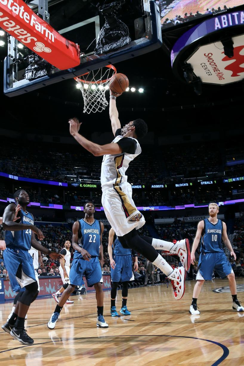 Davis leads Pelicans past sinking Timberwolves 110-88