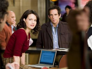 Carla Gugino and Ben Stiller in 20th Century Fox's Night at the Museum