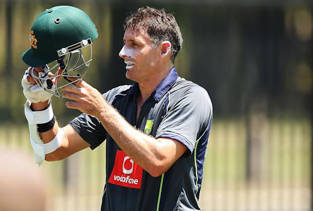 SYDNEY, AUSTRALIA - JANUARY 01:  Michael Hussey of Australia prepares to bat during an Australian nets session at Sydney Cricket Ground on January 1, 2013 in Sydney, Australia.  (Photo by Brendon Thor