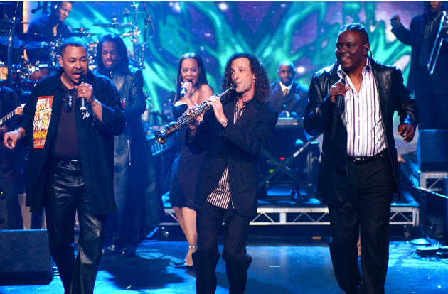 NYRE 2005 Earth Wind and Fire …