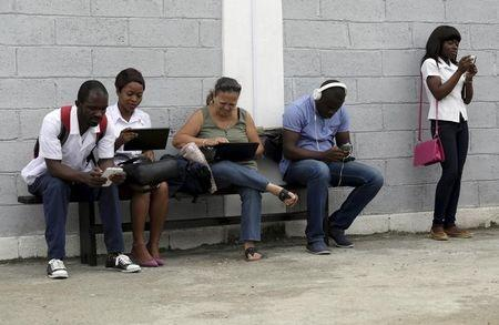 Cuba aims to ramp up Internet access - U.S. State Dept official