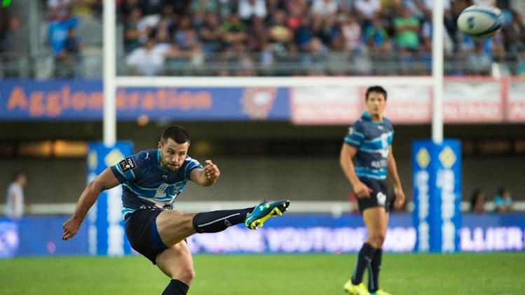 Montpellier's Jonathan Pelissie kicks the winning penalty during their French Top 14 rugby union match against Grenoble, at the Altrad stadium in Montpellier, southern France, on August 23, 2014