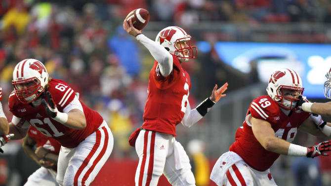 Rare hype surrounds Wisconsin-Minnesota game