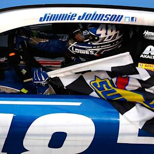 Johnson outduels Harvick for an Atlanta win
