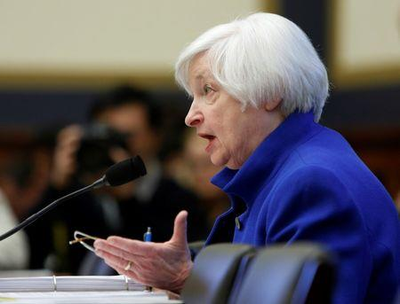 Yellen: Fed not likely to reverse course on rates despite risks