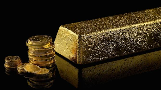 Gold demand sinks 16% year-on-year in Q2