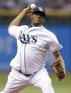 Hernandez dominates to lift Rays over D'backs 5-2