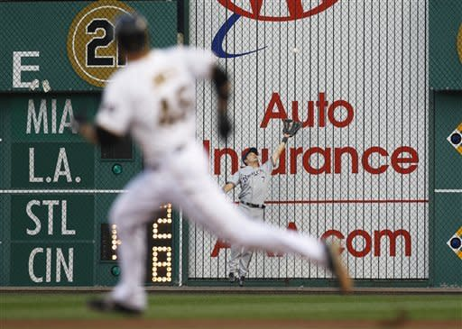 Karstens, Pirates shut down Brewers 4-0