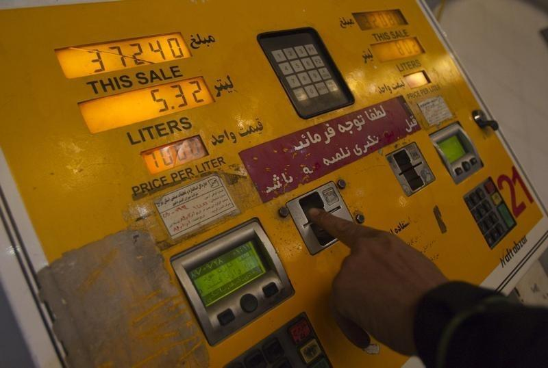 Iran would sell more oil if Western sanctions lifted: Mehr agency