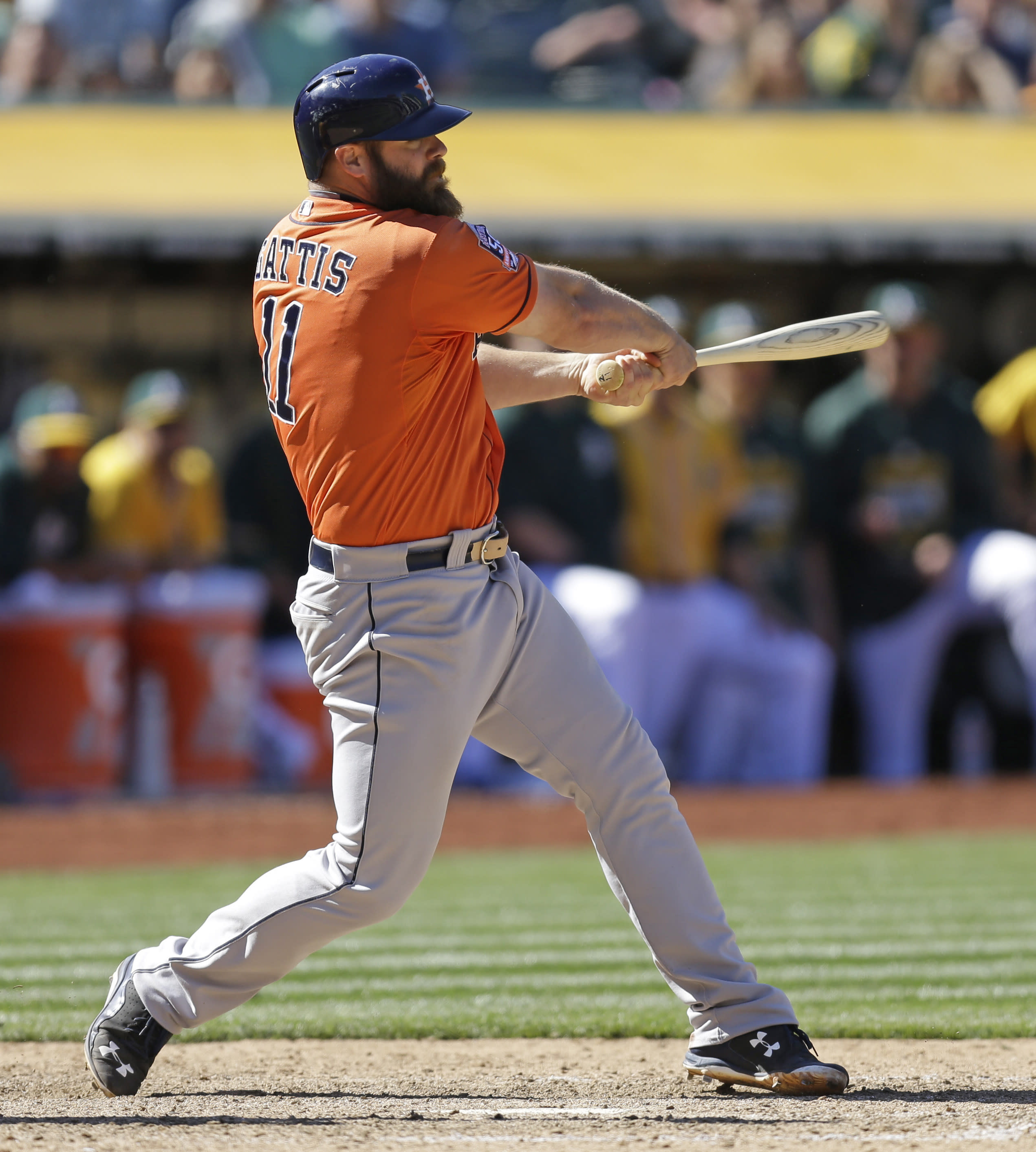 Gattis, Astros rally in 9th, sweep 3-game set from Athletics