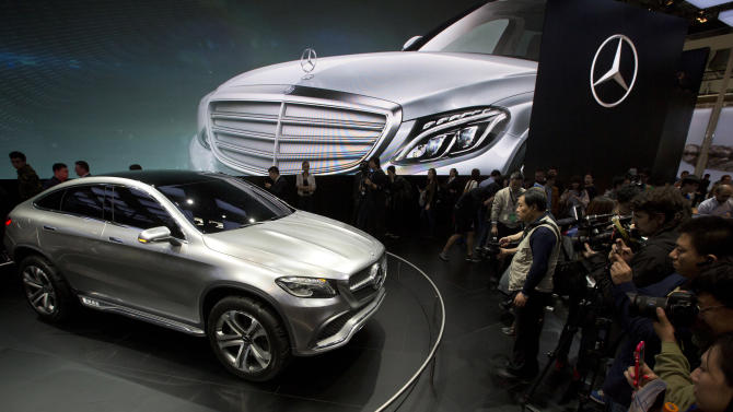China probes automakers, technology firms
