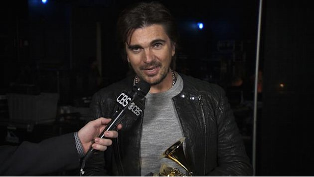 Juanes - Backstage Thank  …