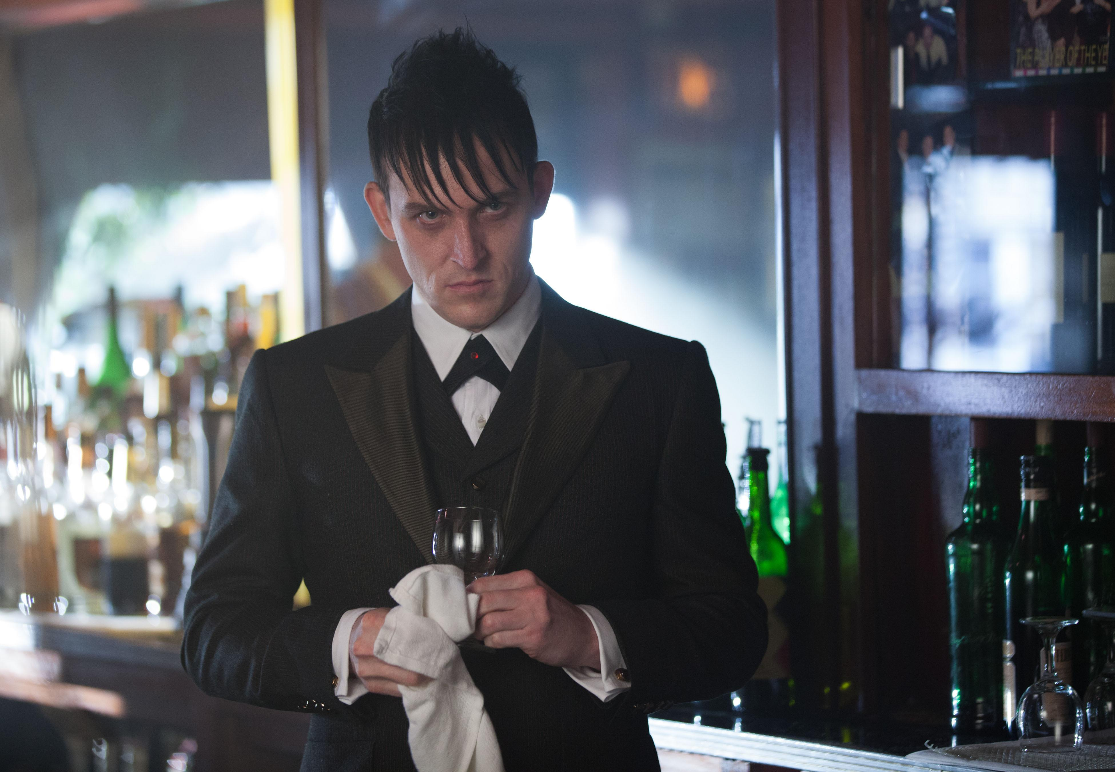 'Gotham' star Taylor delights fans with his Penguin villainy