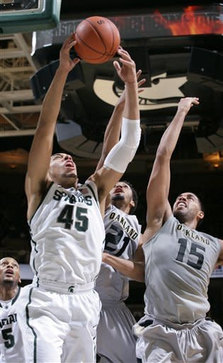 No. 15 Michigan State pulls away to beat Oakland