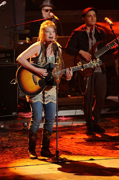 "Crystal Bowersox performs ""Ridin with the Radio"" on ""American Idol."""