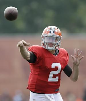 Hoyer again with Browns starters, Manziel with 2s