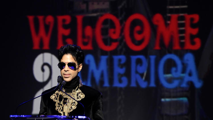 Prince delivers funk-filled finale at SXSW